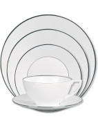 Jasper Conran At Wedgwood Platinum Lined 5 Piece Setting $199.00