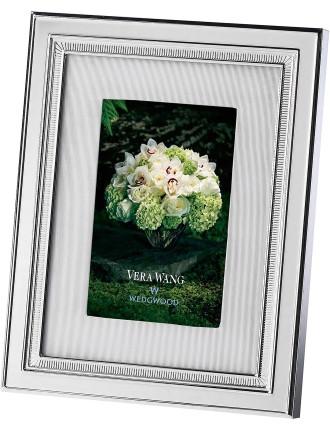Vera Wang Wedgwood Chime Silver Frame 4'X6'