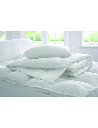 Deluxe Dream 2 In 1 Super King Quilt