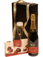 Bubbly & Chocs- UK Delivery $114.00