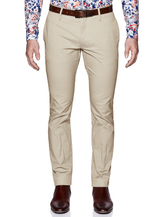 Axeel Slim Tapered Chino