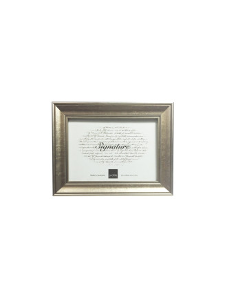 Classic Timber Photo Frame 5 x 7' / 13 x 18cm Gold