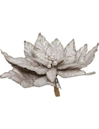 silver flower  pick