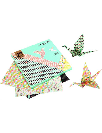 Origami Kit (Includes Papers & Booklet)