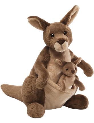 Jirra Kangaroo With Joey
