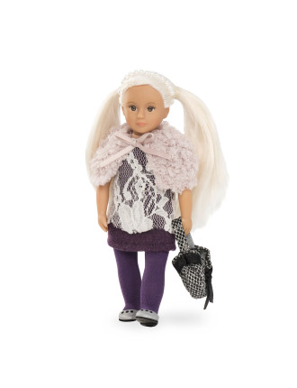 Naomi 6' Doll