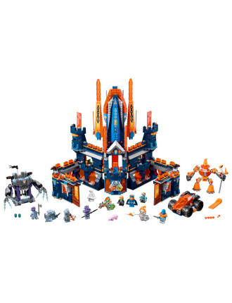 Nexo Knights Knighton Castle